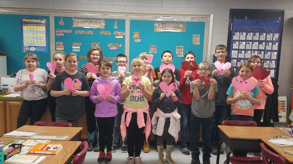 4th grade students created Valentine's for Veterans